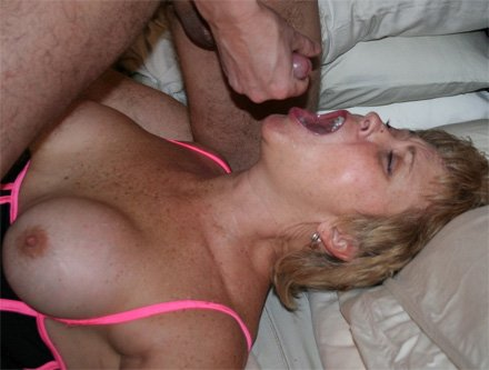 Amateur tampa wife gets split by massive black cock 4